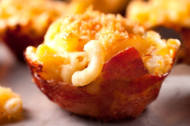 Mac n cheese muffin