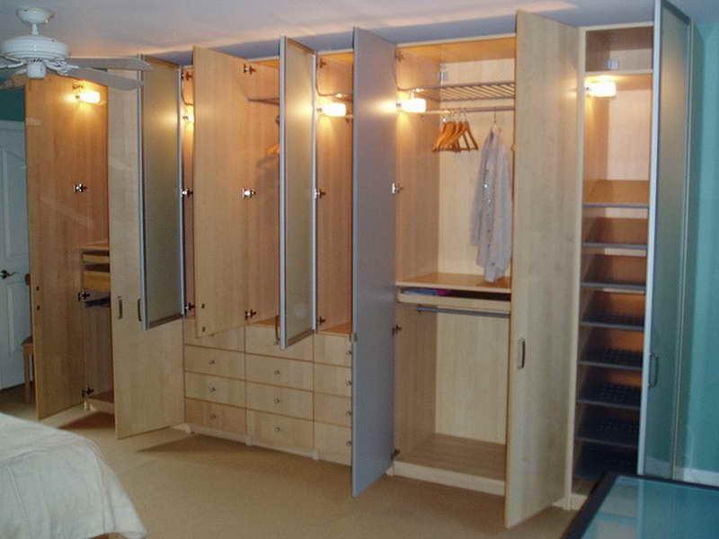 Maximise Closet Space